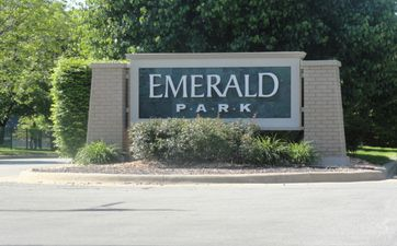 Photo of Emerald Park