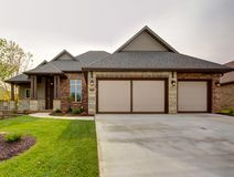 Details for 818 East Donegal Circle Nixa, MO 65714