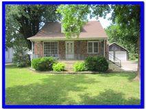 633 West Jackson Street Marshfield, MO 65706, Marshfield Homes For Sale - Image 2