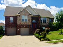 2105 North Williamsburg Lane Ozark, MO 65721, Ozark Homes For Sale