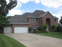 1920 South Brittany Place Springfield, MO 65809, Springfield Homes For Sale - Image 4
