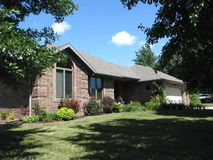 211 North 38th Street Nixa, MO 65714, Nixa Homes For Sale - Image 1