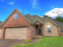 724 South Meteor Avenue Springfield, MO 65802, Springfield Homes For Sale - Image 2