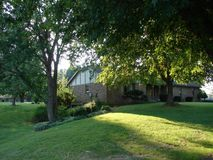 4274 North Farm Road 101 Springfield, MO 65803, Springfield Homes For Sale - Image 2