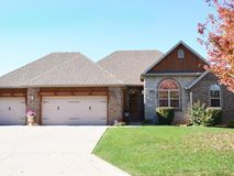 4949 South Prairie View Avenue Battlefield, MO 65619, Battlefield Homes For Sale - Image 3