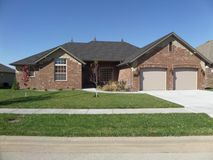 1109 North Gretchen Street Nixa, MO 65714, Nixa Homes For Sale - Image 2