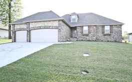 Photo Of 1369 South Miller Avenue Springfield, MO 65802