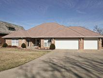 9517 Pasatiempo Drive Nixa, MO 65714, Nixa Homes For Sale - Image 1