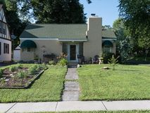 515 East Bennett Street Springfield, MO 65807, Springfield Homes For Sale - Image 2