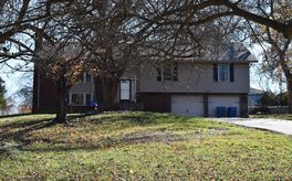 Photo Of 2748 West Teton Drive Springfield, MO 65810