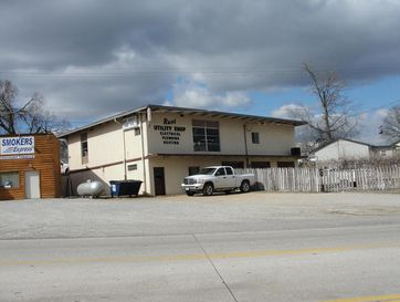 712 South First Street Houston, MO 65483 - Image 1
