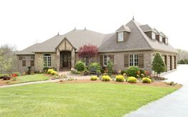 Photo Of 360 West Cave Springs Drive Ozark, MO 65721