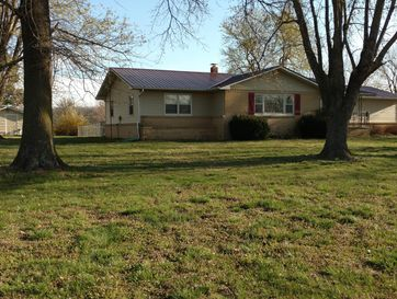 175 Chicago Road Elkland, MO 65644 - Image 1