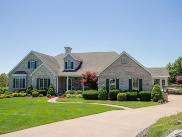 190 Crescent Drive Hollister, MO 65672 - Image 1