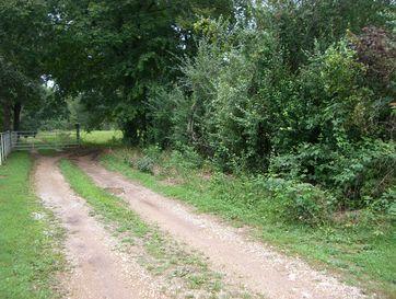 925 North Glen Ian Lane Strafford, MO 65757 - Image 1