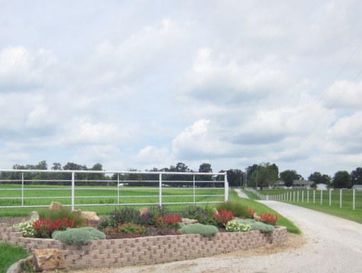 43 Pony Drive Louisburg, MO 65685 - Image 1