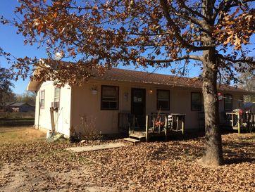 425 Alma Street Taneyville, MO 65759 - Image 1