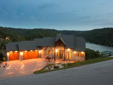 331 Point Pinnacle Drive Lampe, MO 65681 - Image 1