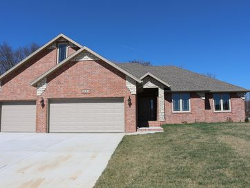 5131 East Wild Horse Drive Springfield, MO 65802 - Image 1