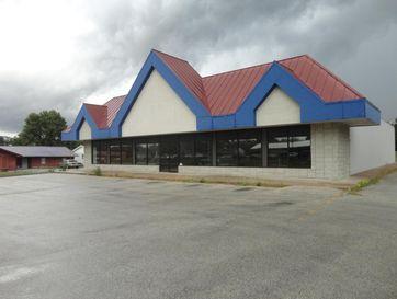 1612 South Elliott Avenue Aurora, MO 65605 - Image 1