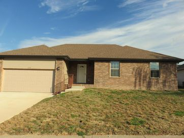 3354 South Hillcrest Avenue Springfield, MO 65807 - Image 1