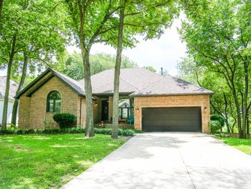 787 West Kingsway Drive Springfield, MO 65810 - Image 1