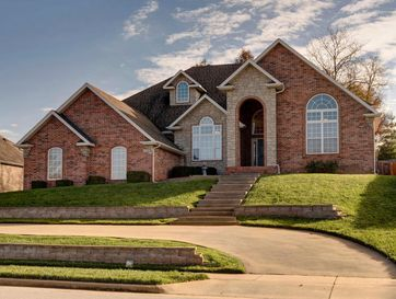 2364 South Forrest Heights Avenue Springfield, MO 65809 - Image 1